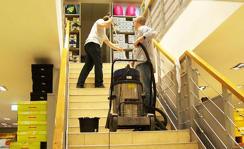 Strojové čistenie podláh Bratislava