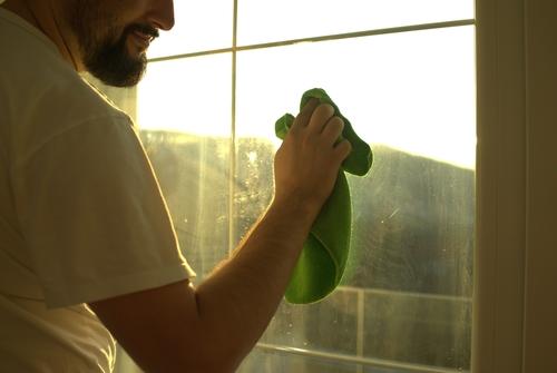 Ako bez šmúh umyť okno
